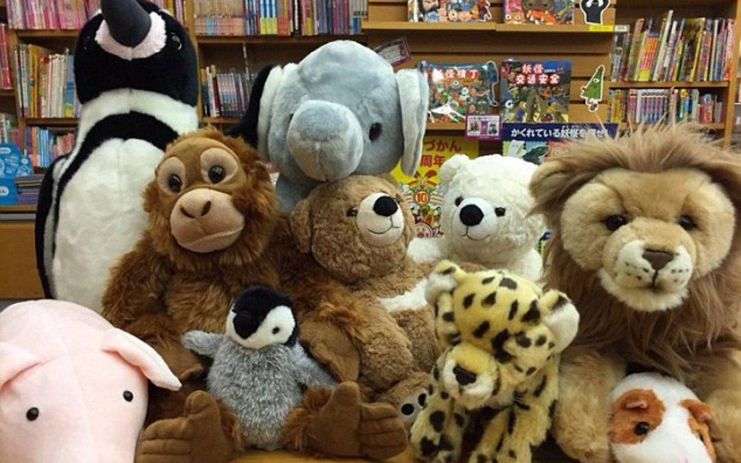 Fiestas de pijamas para peluches en la biblioteca, una forma de animar a los niños a leer